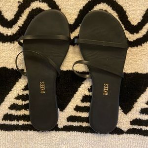 [Tkees] Black Strappy Sandal - Size 7